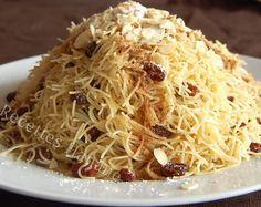 La seffa est une spécialité marocaine qu'on sert généralement entre le plat principal et le dessert, elle est préparée à base de cheveux d'ange, de riz ou de semoule de couscous. Voici donc la recette de la seffa aux cheveux d'ange, parfumée à la cannelle.....