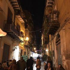 Noches de #tapeo por #Palermo  Cómo se va a echar de menos!  #Sicilia #Italia #Holidays