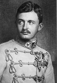 Beato Carlos I de Habsburgo-Lorena o Carlos IV de Hungría / fue el último emperador de Austria, rey apostólico de Hungría y Bohemia, entre 1916 y 1919.