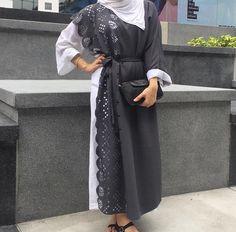 IG: MariamHuus || IG: BeautiifulinBlack || Modern Abaya Fashion ||