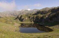 Place: Lago de Saliencia, Parque Natural de Somiedo / Asturias, Spain. Photo by: Javier Martín Herrero (flickr)