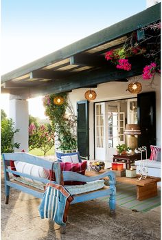 Another view of the patio. CASA TRES CHIC: November 2013