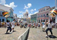 Salvador - Um dos lugares mais ricos em história e cultura no país, tem…