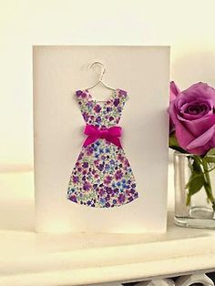 Dress on a hanger card how to make a Mothers Day card… Cute Cards, Diy Cards, Kirigami, Fabric Cards, Dress Card, Free Motion Embroidery, Mother's Day Diy, Mothers Day Crafts, Card Tags