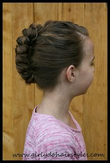 Girly Do Hairstyles: By Jenn: Braided Faux-Hawk