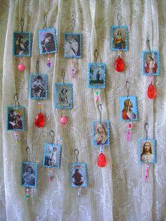 http://romulyyli.blogspot.fi/2012/03/palapelileikki-ja-muutakin.html