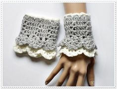 Crochet fingerless gloves Wrist Warmers  Women Fashion gloves Ladies or Girls mittens crocheted woman accesories Gift