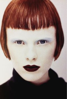 modern throwback: Karen Elson by François Nars 1994 #makeup