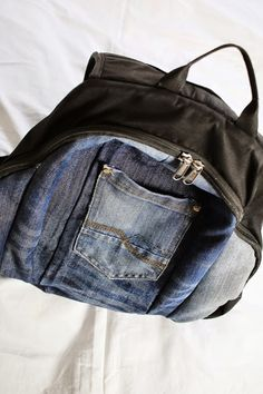 Rucksack mit Jeans-Upcycling/ Backpack with upcycled jeans
