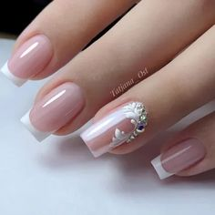 Beautiful Spring Nail Art Designs 2020 Here are 130 of the most popular type of cute spring nail designs. Classic options spa manicure cut and European manicure they are all used Elegant Nails, Stylish Nails, Elegant Bridal Nails, Bride Nails, Wedding Nails, French Nail Designs, Nail Art Designs, Bridal Nails Designs, Bridal Nail Art