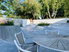 Backyard Skatepark, Mini Ramp, Skate Ramp, Outdoor Living, Outdoor Decor, Private Garden, Window Design, Home Decor Inspiration, Minimalist Design