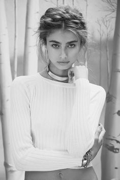 "Taylor Marie Hill in ""Winter Wonderland"" for Love & Lemons Knitz (Holidays 2014), photographed by Zoey Grossman"