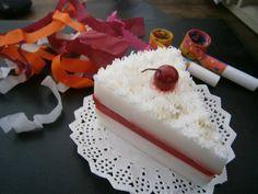 Rebanada de pastel en Jabón by Eva