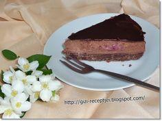 A lúdláb torta az egyik nagy kedvenc nálunk. Igaz bevallom, ha csokoládéról van szó, az nálam mindig a kedvencek közé tartozik. Tehát ez ...
