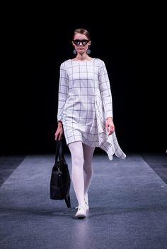 Short Dresses – White plaid tunic-dress – a unique product by Raili-Nolvak on DaWanda
