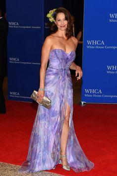 Ashley Judd in Badgley Mischka