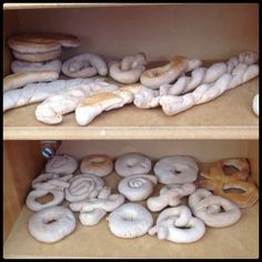 * Brood en koekjes....