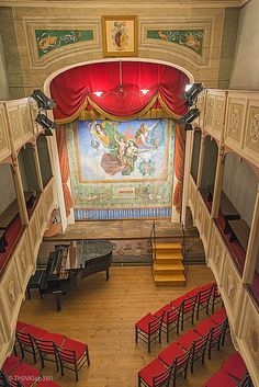 Teatrino di Vetriano - Lucca, Tuscany, Italy just 20 km from La Vistosa. Lucca, World Theatre, Quonset Hut Homes, Italy Magazine, Florence Tuscany, Concert Hall, Beautiful Architecture, Wonderful Places, Beautiful Places