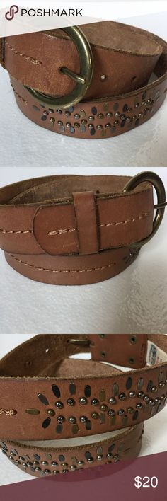 Old navy brown leather belt metal embellishments S Preowned belt in great condition holes at 29 to 33 inches Old navy Accessories Belts