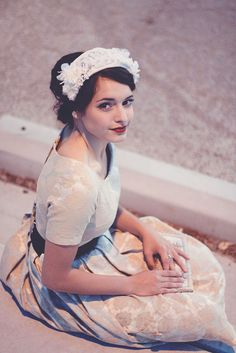 romantic vintage (where can I get this outfit?!)