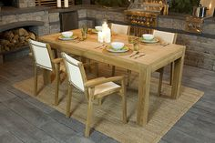 Ready for dinner? An impressive patio with Bridgewood slabs and Harvest Grove…
