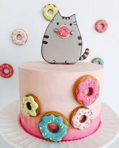 61 Likes, 2 Kommentare - Denunu Ca . Pusheen Birthday, Cat Birthday, Birthday Cake, Pusheen Cookies, Bolo Paris, Anime Cake, Diy Cake, Girl Cakes, Buttercream Cake