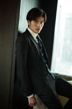 """Xu Kai Cheng, 徐開騁 Watch him in: """"Moon River"""" and """"I Cannot Hug You"""" chinese dramas Actors Male, Asian Actors, Korean Actors, Moon River, Handsome Faces, Handsome Boys, Asian Celebrities, Celebs, I Movie"""