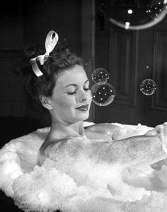 Bubbles, bubbles, bubbles : )))