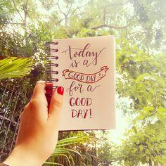 Feliz sexta-feira pessoal! Happy friday everyone! 😊😍 . #caligrafia #calligraphy #caligrafiamoderna #moderncalligraphy #handletter #handlettering #brushpen #brushpencalligraphy #brushlettering #sextafeira #friday #bomdia #goodday #happyfeelings