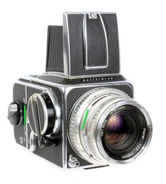 Ah Hasselblad, the Scandinavian king of medium format photography. This Hasselblad 500C with Zeiss Planar 80 f/2.8 Lens and A12 Back was used for many years by a pro for high end product photography.  #camera #Film #photography #filmphotography #mediumformat  #120 #120film #Hasselblad #500c #hasselblad500c #Zeiss #ZeissPlanar #Hassy