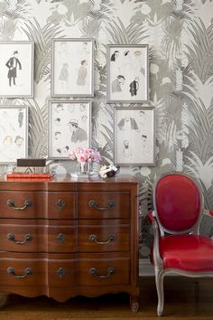 beautiful gray tropical botanical wallpaper in a room by Lilly Bunn // wallpapers