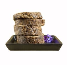 African Black Soap has been known to help to relieve acne, oily skin, clear blemishes, and various other skin issues. It is also known to help soothe skin irritations and conditions such as eczema, rosacea, and psoriasis. African Black Soap is excellent for removing makeup, dirt, and oil while leaving the skin clean with a fresh, healthy glow. See more at: http://www.africanfairtradesociety.com