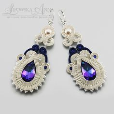 677 Anna Lipowska LiAnna Biżuteria sutasz   soutache  www.lianna.blox.pl Fabric Earrings, Soutache Earrings, Bridal Jewelry, Beaded Jewelry, Soutache Tutorial, Diy Rings, Shibori, Statement Jewelry, Beaded Embroidery