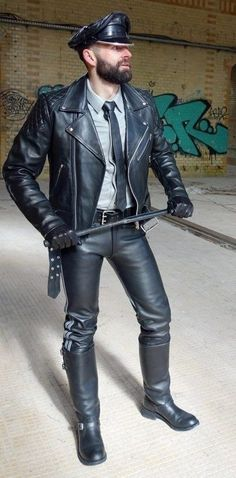Mens Leather Pants, Leather Gloves, Leather Fashion, Mens Fashion, Fetish Fashion, Mens Caps, Menswear, Punk, Boots