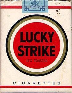 Vintage Lucky Strike Cigarette Packaging after R Loewy Vintage Cigarette Ads, Cigarette Brands, Vintage Advertisements, Vintage Ads, Vintage Posters, Graphisches Design, Graphic Design, Nostalgia, Vintage Packaging