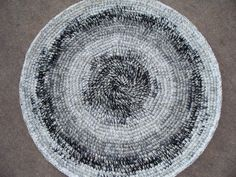 Black and White Round Rug by gramsheart on Etsy, $40.00