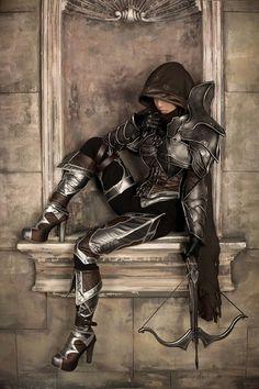 Diablo III Female Demon Hunter Cosplay - questo si che è un cosplay con i controcoglioni XD