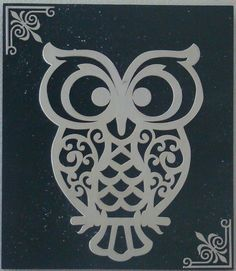 stencil de buhos - Buscar con Google Stencils, Stencil Art, Kirigami, Black And White Owl, Wood Crafts, Paper Crafts, Stencil Patterns, Scroll Saw Patterns, Tampons