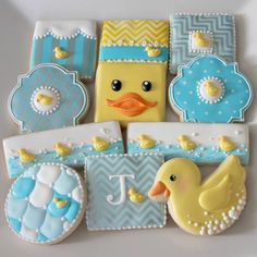 Duck theme baby shower decorated sugar cookies / iced biscuits by Arty McGoo. Duck Cookies, Fancy Cookies, Vintage Cookies, Iced Cookies, Easter Cookies, Cupcake Cookies, Sugar Cookies, Elegant Cookies, Cookie Favors