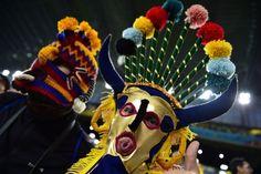 Des costumes des plus surprenants ! Match Honduras Equateur au Baixada Arena de Curitiba le 20 juin 2014 lors de la Coupe du Monde au Brésil. ©GABRIEL BOUYS/AFP/Getty Images