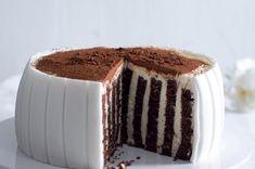 Pruhovaný dort | Apetitonline.cz