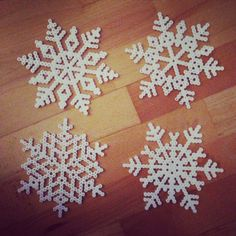 Snowflakes hama perler beads by emiliedyrlund