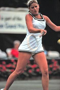 This Photo was uploaded by American Tennis Players, Tennis Players Female, Cristiano Ronaldo, Maria Sarapova, Tennis Wear, Gymnastics Photos, Tennis Fashion, Sport Body, Nice Legs