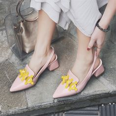 56.24$  Buy now - http://alizck.shopchina.info/go.php?t=32806212616 - MIQUINHA 2017 Newest Designer Square Heel Women Shoes Shaussures Femmes Escarpins Slingbacks Buckle Strap Fashion Women Pumps 56.24$ #buyonlinewebsite