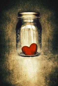 A jar full of love for my zander!!!!  ♥AMOR y CORAZONES♥