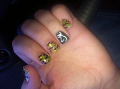 Browning and camo nails this is how I'm getting my nails done Camo Nail Art, Camouflage Nails, Camo Nails, Colorful Nail Designs, Cool Nail Designs, Browning Nails, Country Girl Nails, Heart Nail Art, Girls Nails