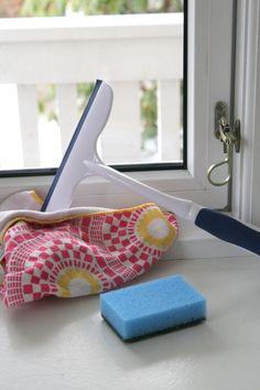 Jag tänkte så här, att detta inlägget kunde handla om våra bästa husmorstips.Alla som har dunderbra tips då det gäller städ, tvätt, trädgård ja allt sådant man kan tänka sig – kan väl tipsa här bland kommentarerna. Så uppdaterar jag alla dessa bra tips i ett och samma inlägg Nu … Läs mer