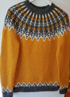 Strikka i Bris fra Viking Bra Storage, Knit Art, Built In Wardrobe, Jewelry Case, Handicraft, Diy Design, Knitting Patterns, Easy Crafts, Wool