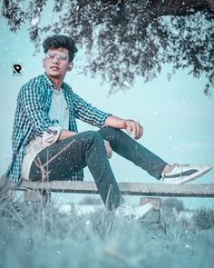 From my point of view, this is the best time of the year. I don't love heat. I'm a winter guy. Best Free Lightroom Presets, Photoshop Presets, Photoshop Images, Studio Background Images, Background Images For Editing, Photo Background Images, Photo Poses For Boy, Best Photo Poses, Boy Poses