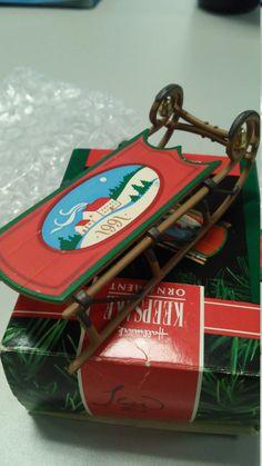 Old Fashioned Sled - vintage 1991 Hallmark keepsake ornament, miniture snow toy…